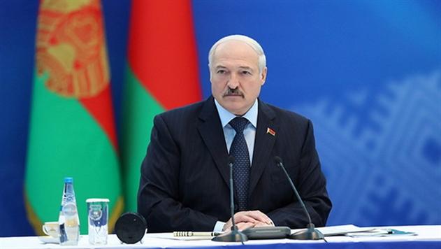 Лукашенко: с достижением зарплаты в 1000 рублей много проблем