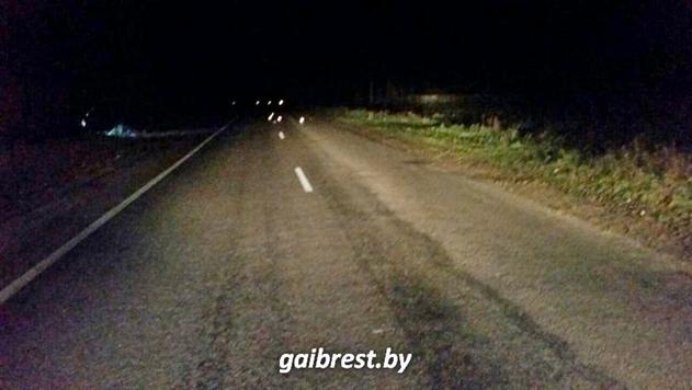 В Брестском районе водитель Audi насмерть сбил пешехода и скрылся