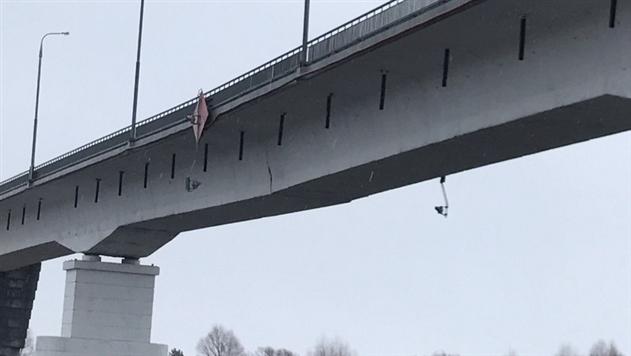Инженерные войска приступят к наведению моста через Припять