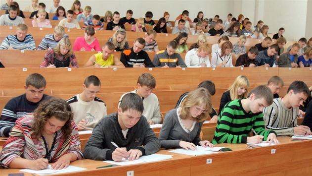 Абитуриенты смогут пройти репетиционное тестирование через интернет