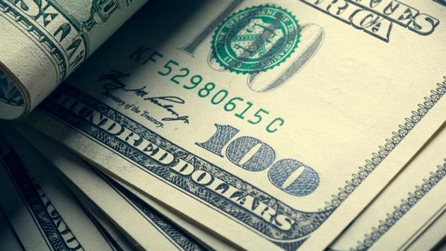 6 декабря курс доллара вырос, а евро и российский рубль подешевели