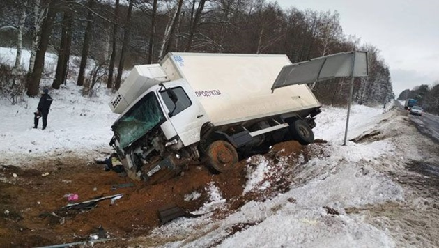 В Минской области водитель грузовика погиб, уснув за рулем