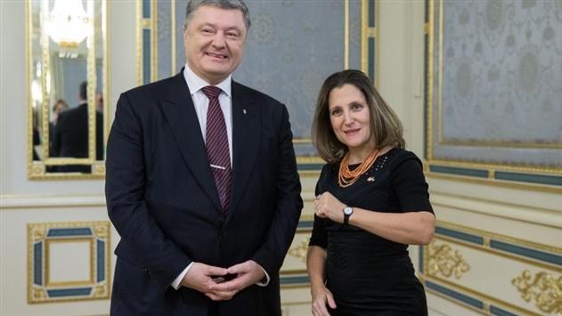 Порошенко и Фриланд обсудили миротворцев на Донбассе