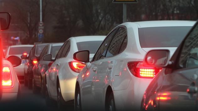 Минская ГАИ рассказала водителям, как правильно ездить в пробках