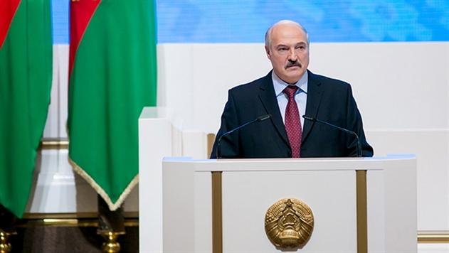 Лукашенко летит в Москву на неформальную встречу лидеров стран СНГ