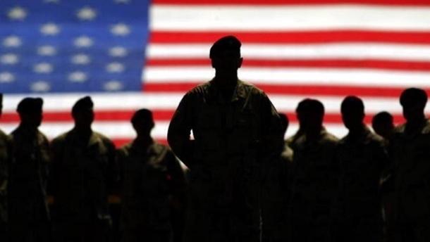 Трансгендерам в США разрешили служить в армии