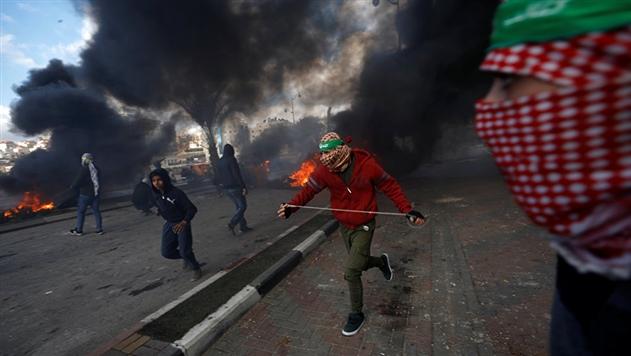 МИД рекомендует белорусам избегать скоплений людей в Израиле