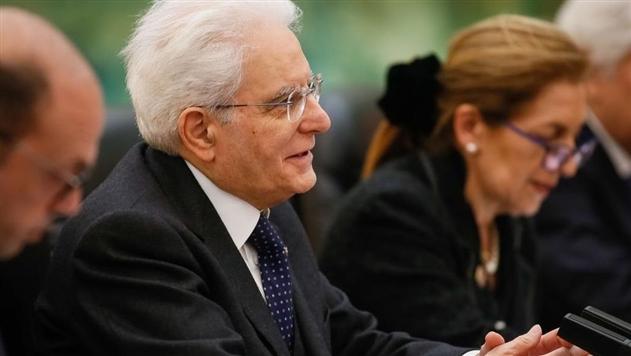Итальянский президент распустил парламент