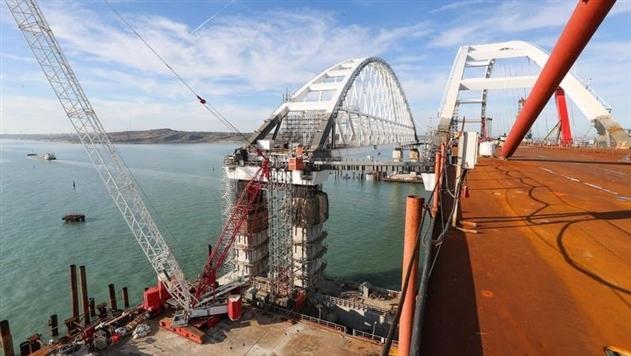 Появились фото готового участка Крымского моста