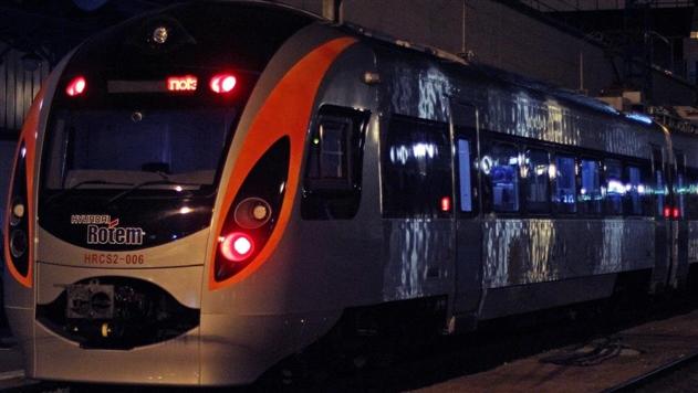 В Харьковской области поезд Интерсити застрял на несколько часов