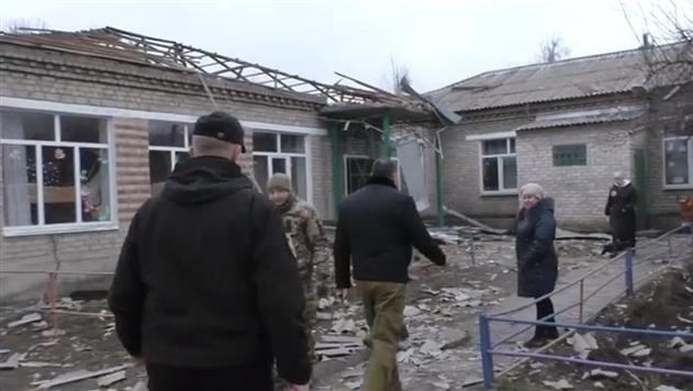 Обнародовано видео после обстрела Новолуганского