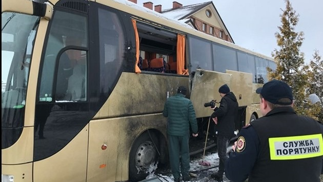 В польский автобус на Львовщине стреляли из гранатомета — СМИ