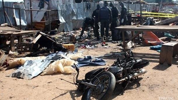 В Нигерии смертники убили около 20 человек