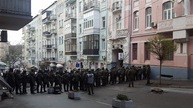 Полиция отпустила всех, кто мешал задержанию Саакашвили
