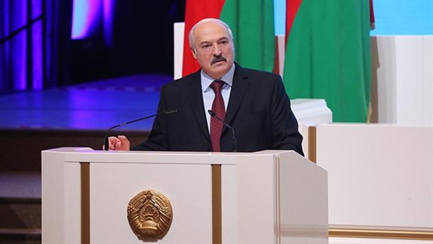 Лукашенко поручил приземлить новую редакцию декрета № 3