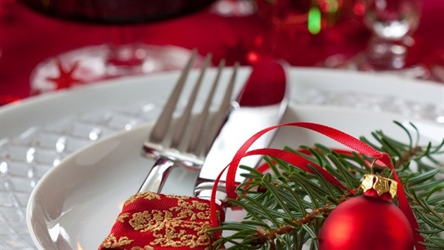Новогодняя ночь в кафе и ресторанах Минска стоит в среднем 120 рублей