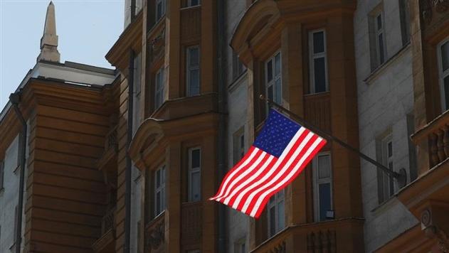 США возобновили выдачу виз в трех городах России
