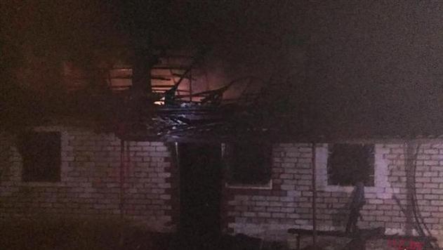 Очевидец 4 раза возвращался в дом и спас 3 человек на пожаре в Ивьевском районе