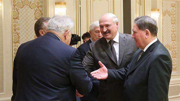 Лукашенко хочет активизировать торговлю с Курской областью