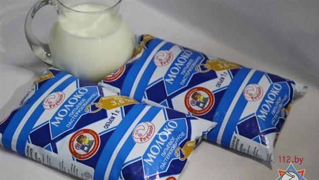 Фотофакт: в Витебске продают молоко с рекламой МЧС